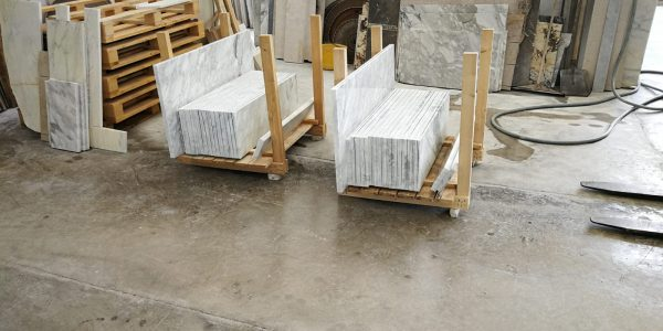 Bespoke-packaging-marble-wooden-crate