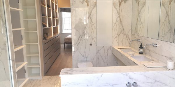 Calacatta-marble-bathroom-vanity-top