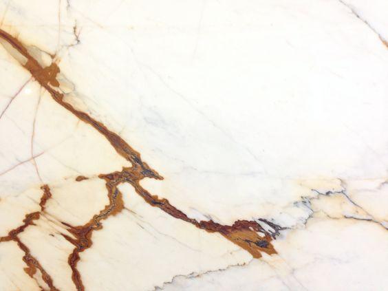 Calacatta-Paonazzo-marble