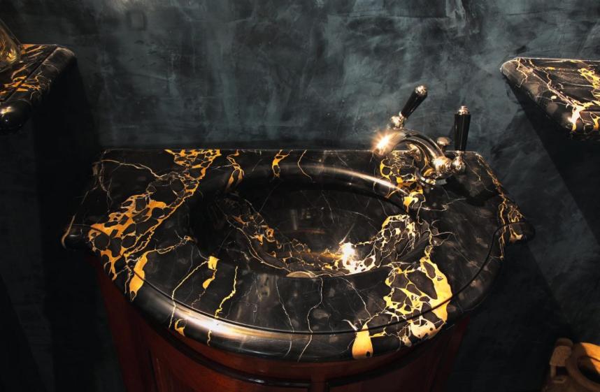 Nero Portoro marble basin